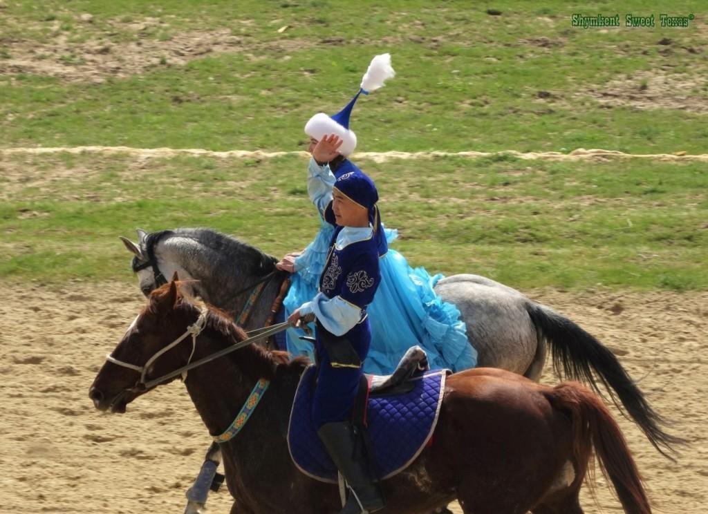 Parade cavaliers Nauryz