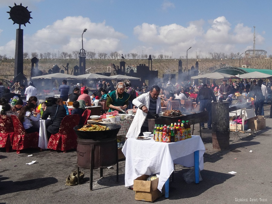 Nauryz à Shymkent 2017_Shashliks et plof