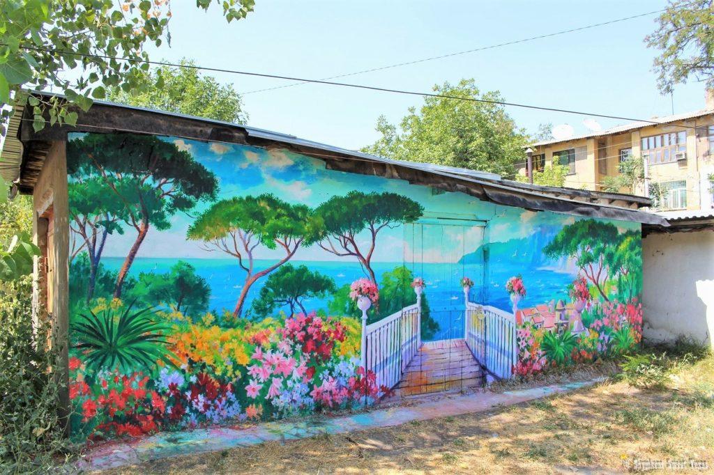 L'attribut alt de cette image est vide, son nom de fichier est Garage-painting-Shymkent-Kazakhstan-1024x682.jpg.