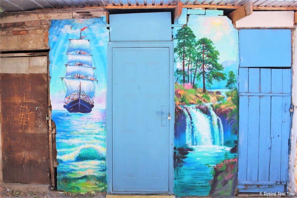 L'attribut alt de cette image est vide, son nom de fichier est Street-art-Garage-walls-Shymkent-Kazakhstan-1024x682.jpg.